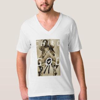 Niño de dios: 1 (cuello en v) camisetas