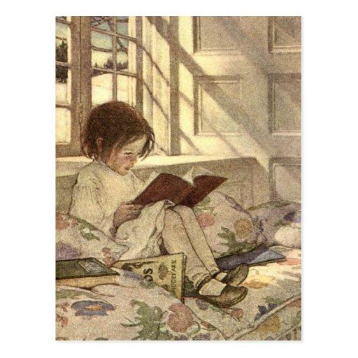 Niño del vintage que lee un libro, Jessie Willcox  Tarjeta Postal