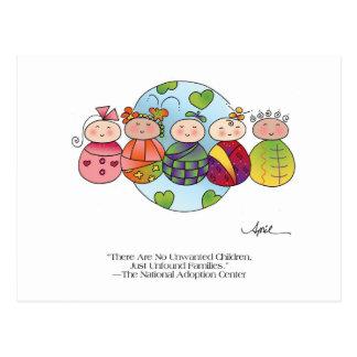 NIÑOS de la postal en abril McCallum del MUNDO