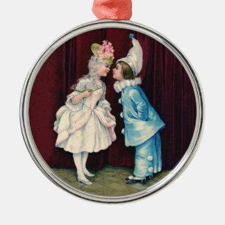 Niños en el ornamento del traje, equipos del siglo adorno de reyes