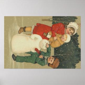 Niños que hacen nieve del invierno del muñeco de póster