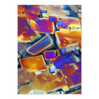 Nitrato del itrio debajo del microscopio invitación 12,7 x 17,8 cm