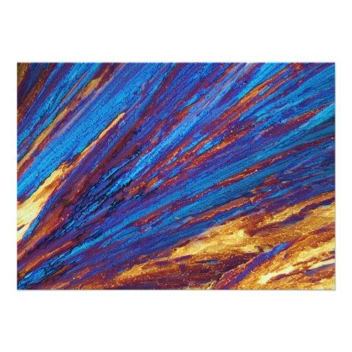 Nitrato del tulio debajo del microscopio comunicados personales
