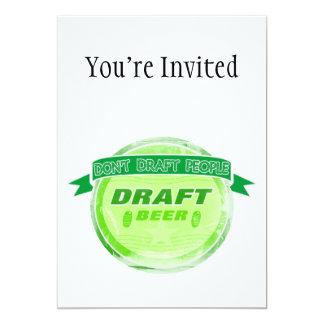 No elabore la cerveza de barril de la gente invitación 12,7 x 17,8 cm