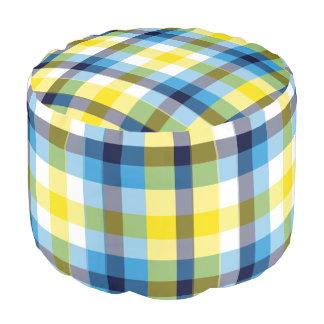 No es una comida campestre sin la tela escocesa de puf
