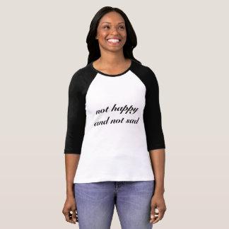 no feliz y no triste, camiseta estética del grunge