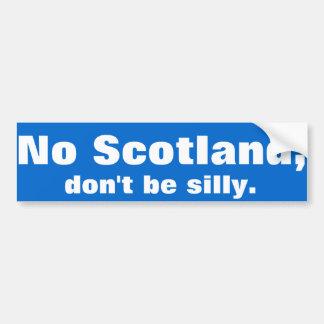 """""""No hay Escocia, tonta."""" Etiqueta engomada de"""