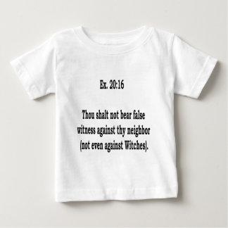 No incluso, 5 camiseta de bebé