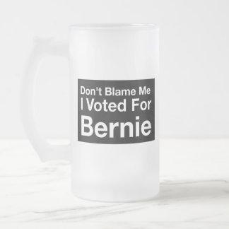 No me culpe, yo votó por Bernie Taza De Cristal Esmerilado