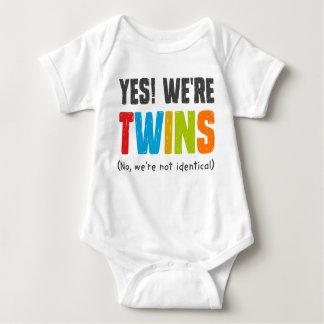 No, no somos idénticos body para bebé