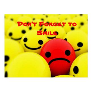 No olvide sonreír - postal