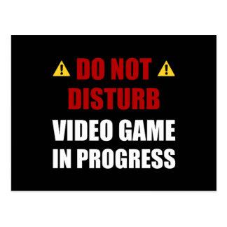 No perturbe el videojuego postal
