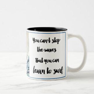 no puede parar la taza de café de las ondas