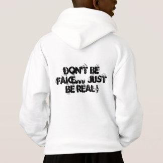¡no sea falso… apenas sea real!