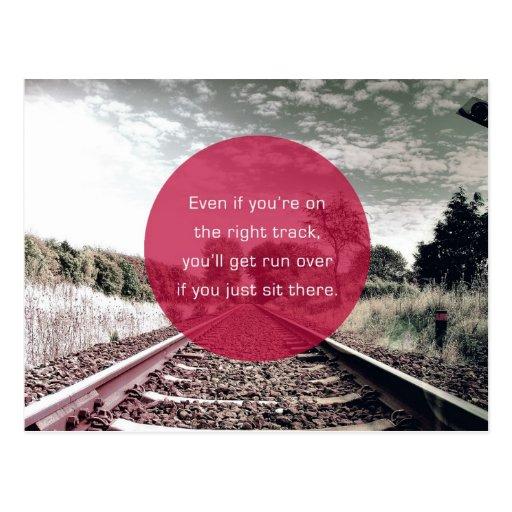 No siente en el lugar la cita de motivación del | postal