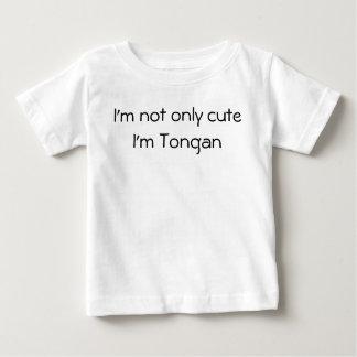 No sólo camisa tongana linda