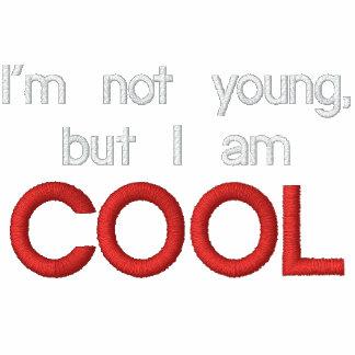 """""""No soy joven, sino que soy"""" camiseta bordada"""