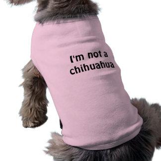 No soy una chihuahua camiseta sin mangas para perro
