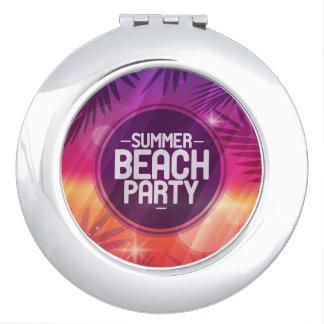 Noche del fiesta de la playa del verano espejo de viaje