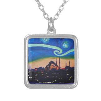 Noche estrellada en Estambul Turquía Collar Plateado