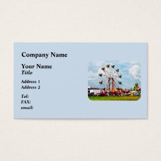 Noria contra el cielo azul tarjeta de visita