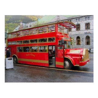 Noruega, autobús turístico en Bergen Postal