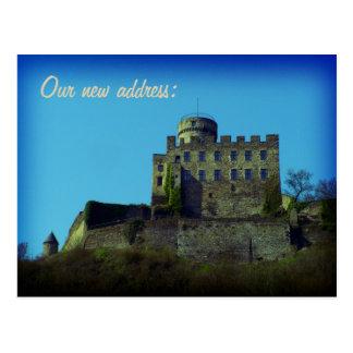 Nos hemos movido, nueva dirección, tarjeta postal