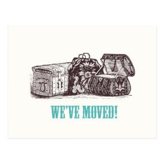 ¡Nos hemos movido! Postales