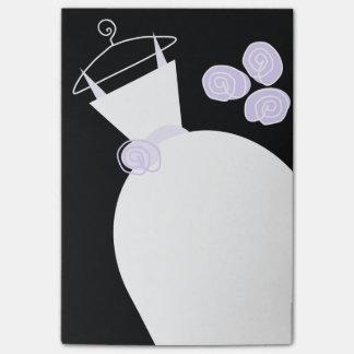 Nota de post-it negra vertical púrpura del vestido