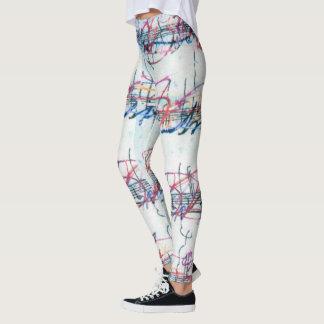 Notas artsy coloridas de la música sobre las leggings