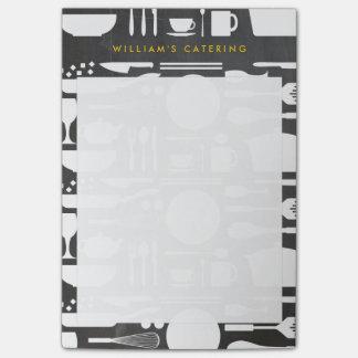 Notas Post-it® Collage de la cocina en fondo de la pizarra
