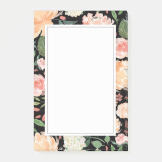 Notas Post-it® La primavera se ruborizan y el negro floral de la