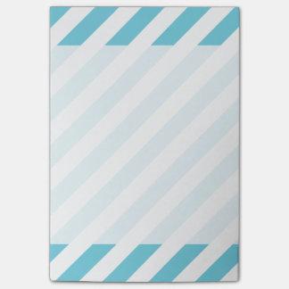 Notas Post-it® Modelo diagonal azul y blanco de las rayas