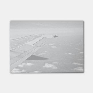 Notas Post-it® Temático plano, aeroplano del Grayscale se va