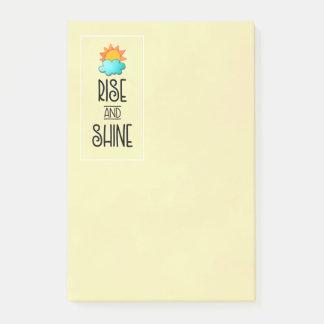 Notas Post-it® Tipografía de la subida y del brillo con Sun y la