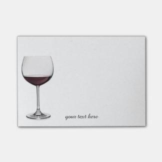 Notas rojas de la copa de vino