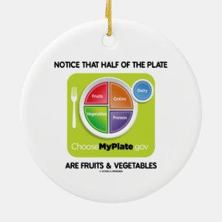 Note que la mitad de la placa es frutas y verduras adorno redondo de cerámica