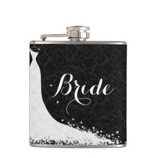 Novia blanca negra del vestido de boda del cordón petaca