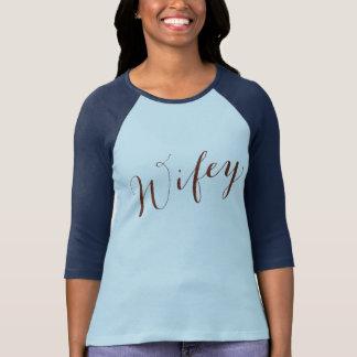 Novia de la esposa de la escritura de Wifey Brown Camiseta