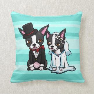 Novia y novio de Boston Terrier Cojín