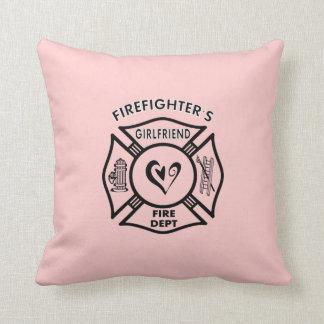 Novias de los bomberos cojín decorativo