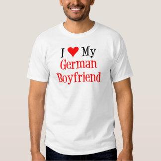 Novio del alemán del amor camiseta