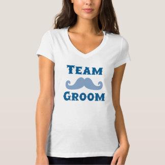 Novio del equipo del bigote camisetas