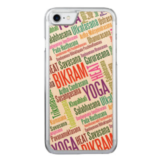 Nube de la palabra de la yoga de Bikram - yoga Funda Para iPhone 8/7 De Carved