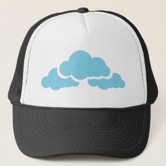 Nubes azules gorra de camionero