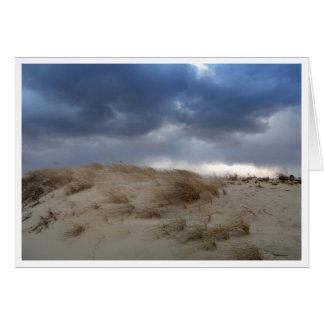 Nubes de tormenta sobre la duna de Cape Cod Tarjeta
