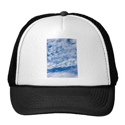 Nubes del verano gorros