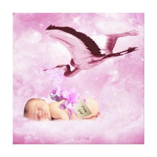 Nubes y cigüeña rosadas de la niña lona estirada galerias