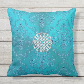 Nudo del Celtic del damasco de la turquesa Cojín Decorativo