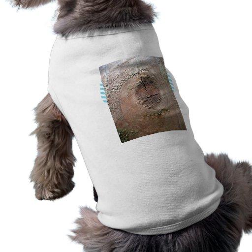 Nudo en el tablón de la madera camisas de mascota